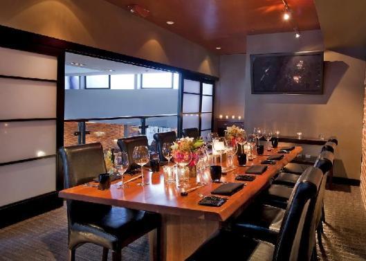 Alexander-Steakhouse-BoardRoom